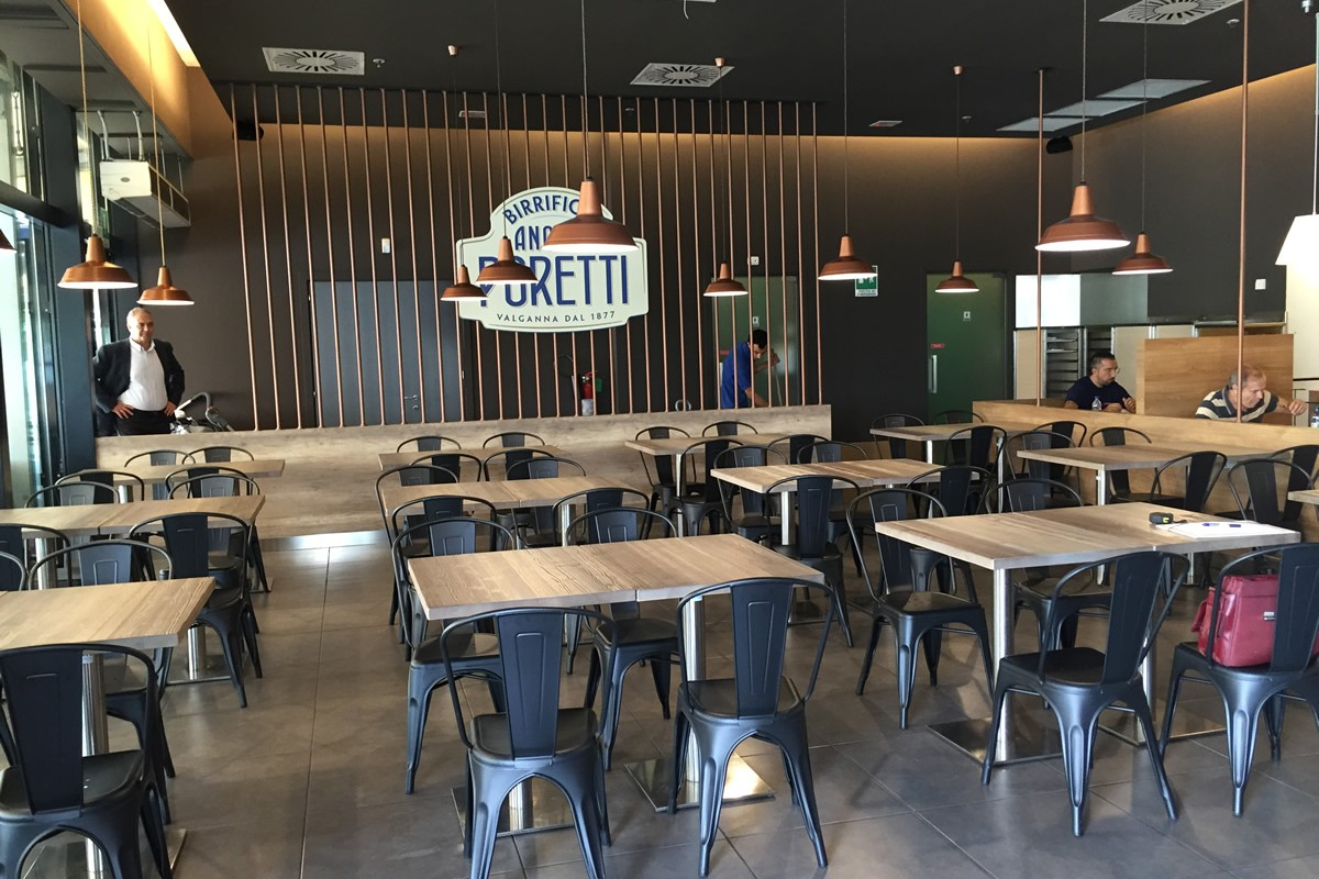 Arredi per bar gelaterie panetterie e ristoranti for Arredare pizzeria