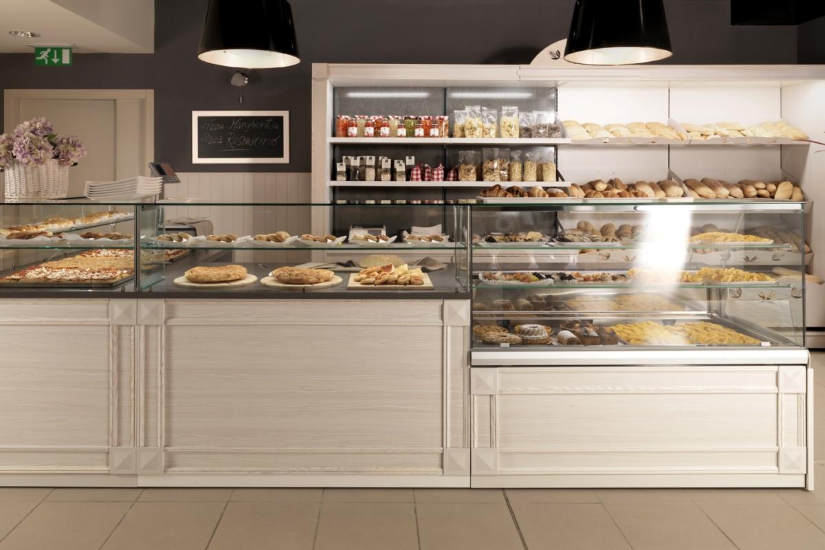 Progettazione arredamenti per ristoranti bar pasticcerie for Arredamento per interni
